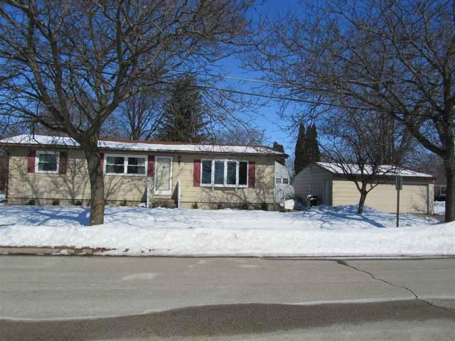 262 Garfield Street, North Fond Du Lac, WI 54937 (#50217725) :: Todd Wiese Homeselling System, Inc.