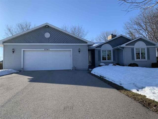 5245 Killdeer Lane, Oshkosh, WI 54901 (#50218017) :: Todd Wiese Homeselling System, Inc.