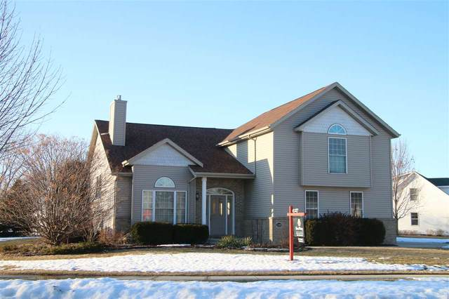 598 Prairie Parkway, Fond Du Lac, WI 54935 (#50218066) :: Todd Wiese Homeselling System, Inc.