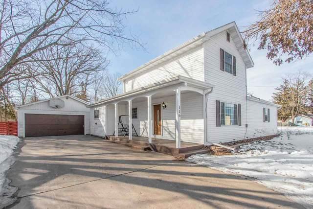 116 S Oborn Street, Waupaca, WI 54981 (#50218086) :: Todd Wiese Homeselling System, Inc.