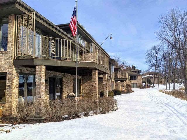 3083 Fox Run, Appleton, WI 54914 (#50218141) :: Todd Wiese Homeselling System, Inc.