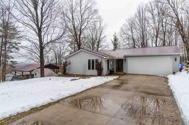 460 N Crest Street, Hortonville, WI 54944 (#50218458) :: Todd Wiese Homeselling System, Inc.