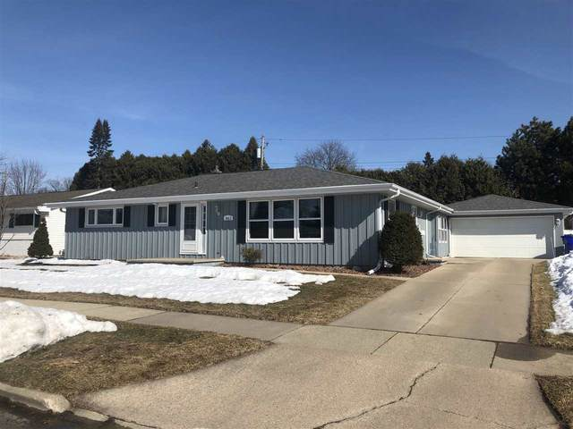 1612 N Eugene Street, Appleton, WI 54914 (#50218658) :: Todd Wiese Homeselling System, Inc.