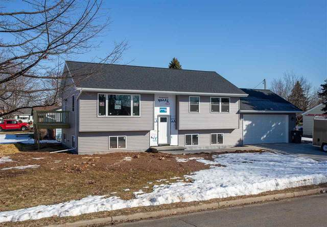 1049 Shannon Street, Neenah, WI 54956 (#50218743) :: Todd Wiese Homeselling System, Inc.