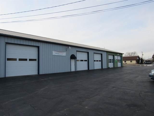 1565 Deerwood Drive, Neenah, WI 54956 (#50218790) :: Todd Wiese Homeselling System, Inc.
