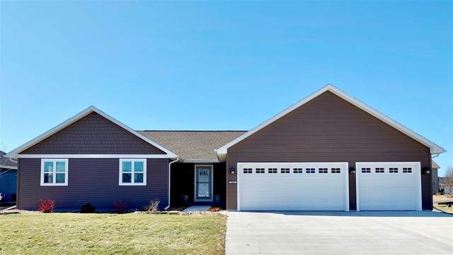 406 Sweetflag Avenue, Fond Du Lac, WI 54935 (#50218849) :: Todd Wiese Homeselling System, Inc.