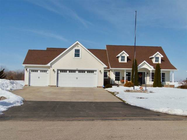 1923 Timberline Drive, Oshkosh, WI 54904 (#50218896) :: Todd Wiese Homeselling System, Inc.