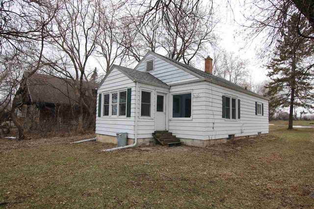 4955 Washington Street, Butte Des Morts, WI 54927 (#50219087) :: Todd Wiese Homeselling System, Inc.