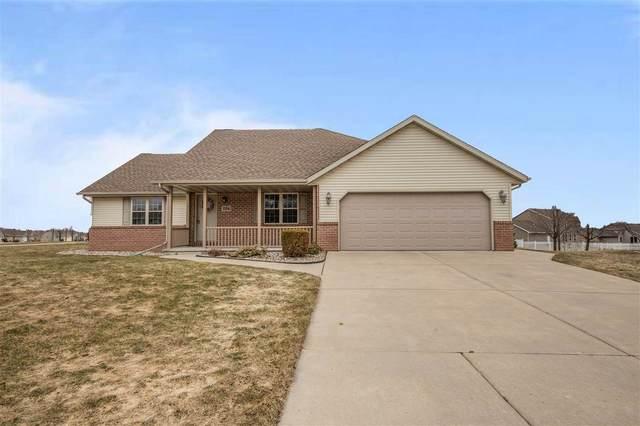 1104 Springfield Drive, Ashwaubenon, WI 54115 (#50219130) :: Todd Wiese Homeselling System, Inc.