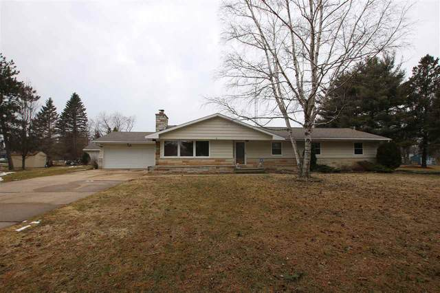 1251 Valley Road, Oshkosh, WI 54904 (#50219201) :: Todd Wiese Homeselling System, Inc.
