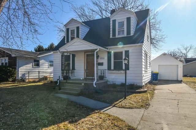 1711 11TH Avenue, Green Bay, WI 54304 (#50219248) :: Ben Bartolazzi Real Estate Inc
