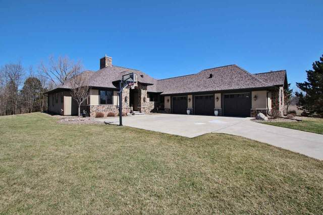 322 Blue Sky Circle, Green Bay, WI 54311 (#50219283) :: Todd Wiese Homeselling System, Inc.