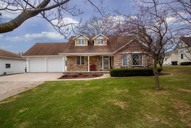 W405 Hwy B, Hilbert, WI 54129 (#50219423) :: Todd Wiese Homeselling System, Inc.