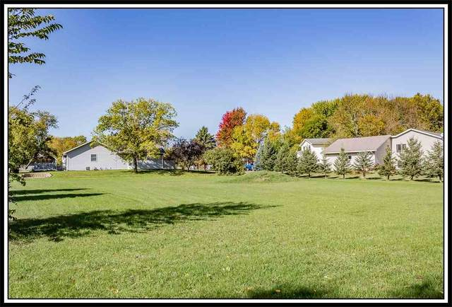 709 Robin Street, New London, WI 54961 (#50221602) :: Symes Realty, LLC
