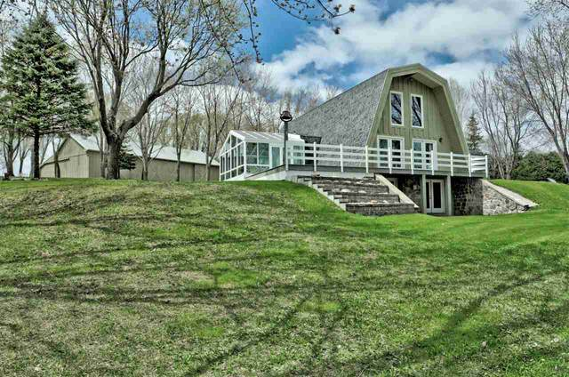 W6579 Hwy S, Shiocton, WI 54170 (#50221657) :: Todd Wiese Homeselling System, Inc.