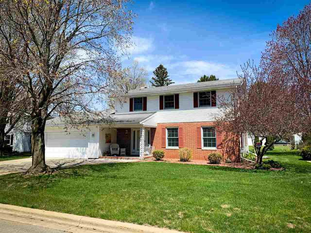 635 River Heights, Shawano, WI 54166 (#50221827) :: Todd Wiese Homeselling System, Inc.