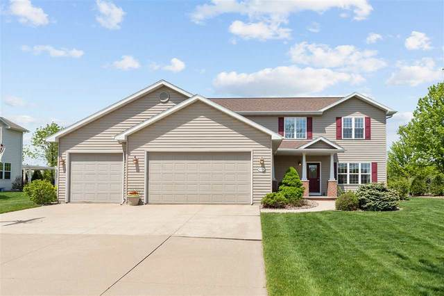 W7194 Sunfield Drive, Greenville, WI 54942 (#50222279) :: Todd Wiese Homeselling System, Inc.