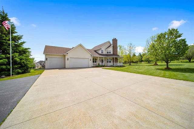 N1869 Autumnwood Court, Hortonville, WI 54944 (#50222683) :: Todd Wiese Homeselling System, Inc.