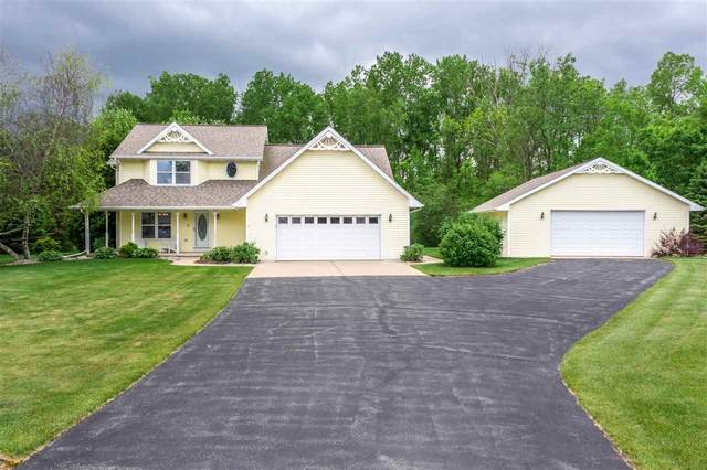 1211 Bay Breeze Court, Suamico, WI 54173 (#50223173) :: Todd Wiese Homeselling System, Inc.