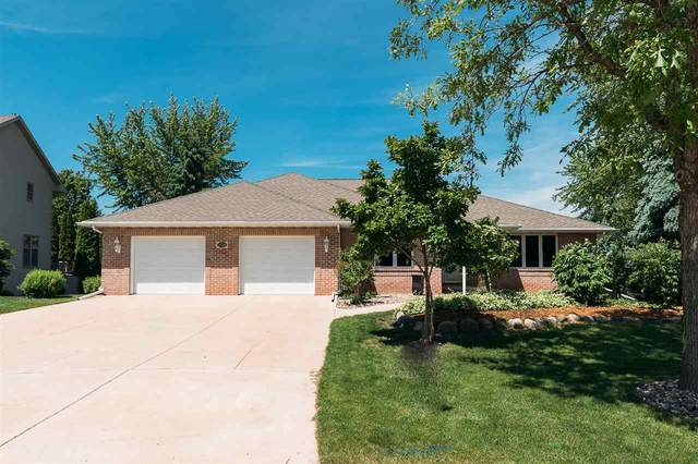 2736 E Carrera Court, Green Bay, WI 54311 (#50223401) :: Symes Realty, LLC