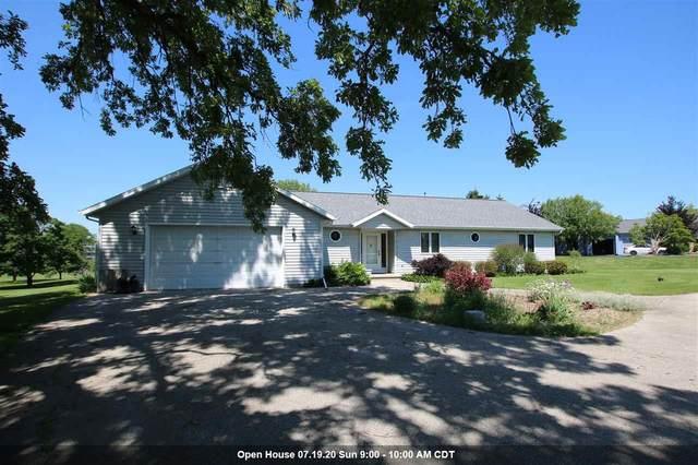 N5544 Winnvue Court, Fond Du Lac, WI 54937 (#50223616) :: Todd Wiese Homeselling System, Inc.