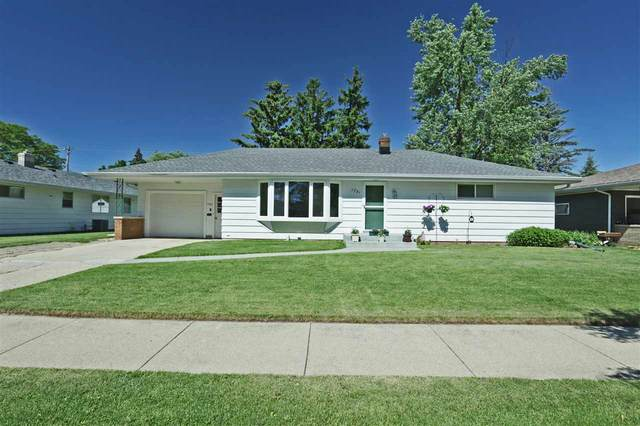 1731 N Outagamie Street, Appleton, WI 54914 (#50223659) :: Todd Wiese Homeselling System, Inc.