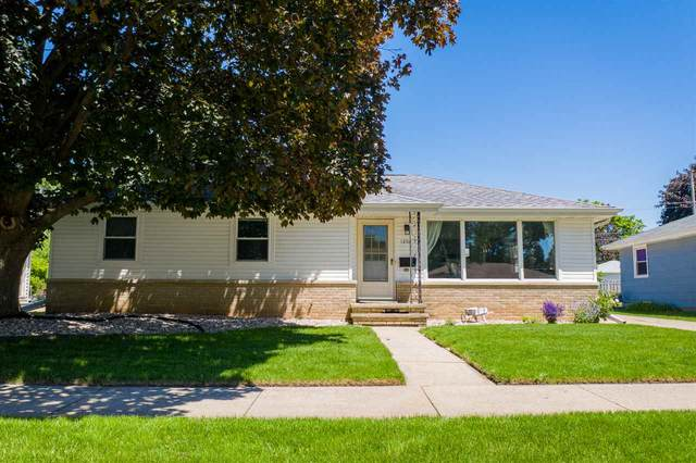 1206 W Taylor Street, Appleton, WI 54914 (#50223805) :: Todd Wiese Homeselling System, Inc.