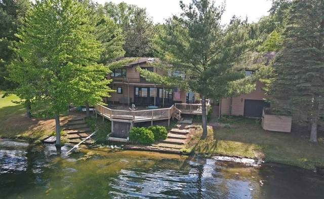 N6492 Hwy W, Waupaca, WI 54981 (#50224068) :: Town & Country Real Estate
