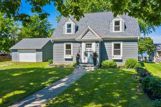 130 N 2ND Avenue, Winneconne, WI 54986 (#50224767) :: Todd Wiese Homeselling System, Inc.