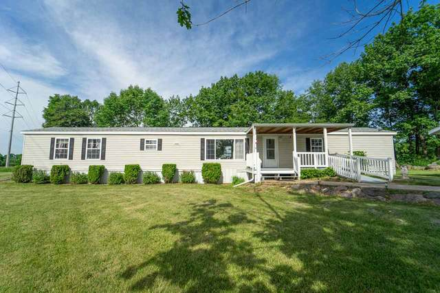 N4423 Larry Road, New London, WI 54961 (#50224775) :: Dallaire Realty