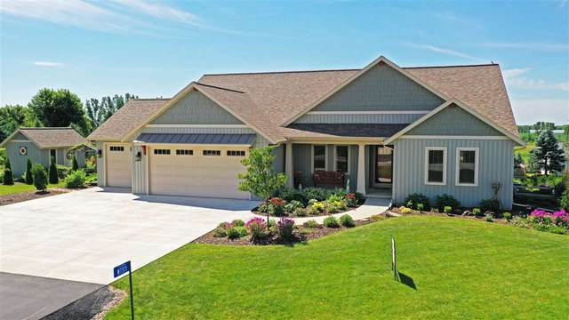 W7371 Hofacker Heights Drive, Hortonville, WI 54944 (#50225918) :: Ben Bartolazzi Real Estate Inc