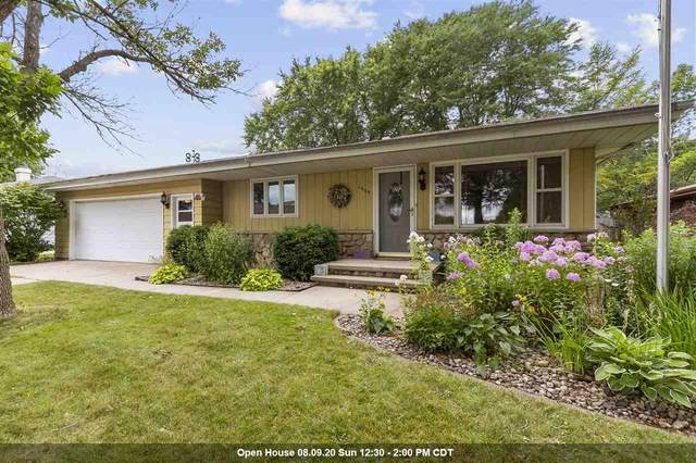 1609 S Schaefer Street, Appleton, WI 54915 (#50226682) :: Dallaire Realty
