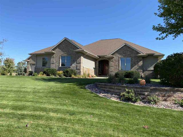 753 Estate Drive, Fond Du Lac, WI 54935 (#50227649) :: Todd Wiese Homeselling System, Inc.