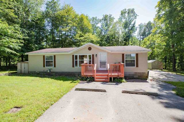 W9185 School Road, Hortonville, WI 54944 (#50227818) :: Ben Bartolazzi Real Estate Inc