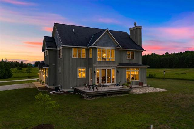 2064 Old Stage Road, Sister Bay, WI 54234 (#50228015) :: Dallaire Realty