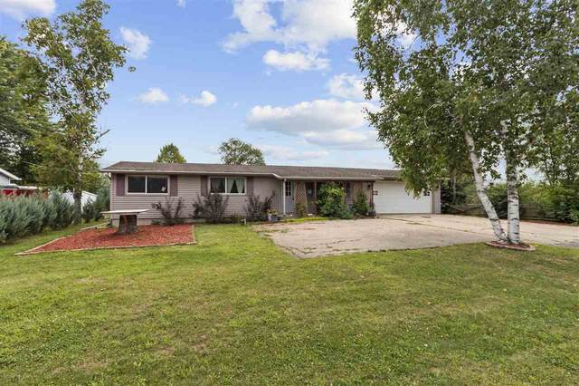 6182 Hwy R, Oshkosh, WI 54902 (#50228360) :: Carolyn Stark Real Estate Team