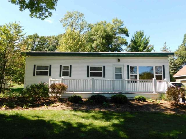 N4271 Lakeview Drive, Markesan, WI 53946 (#50228443) :: Symes Realty, LLC