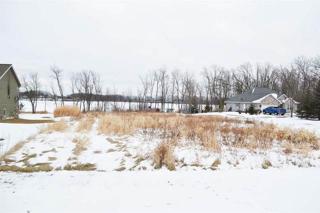 653 S Neumeyer Lane, Brillion, WI 54110 (#50228989) :: Dallaire Realty