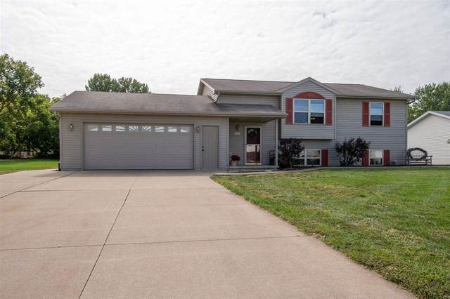 W6423 Rocky Mountain Drive, Greenville, WI 54942 (#50229245) :: Symes Realty, LLC