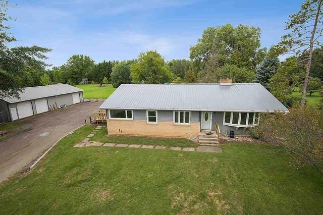 W1426 Hwy 54, Seymour, WI 54165 (#50229275) :: Carolyn Stark Real Estate Team