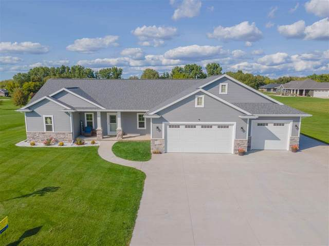 5152 Notre Dame Drive, Omro, WI 54963 (#50229341) :: Carolyn Stark Real Estate Team