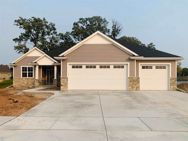 415 W Papermill Run, Kimberly, WI 54136 (#50229449) :: Dallaire Realty