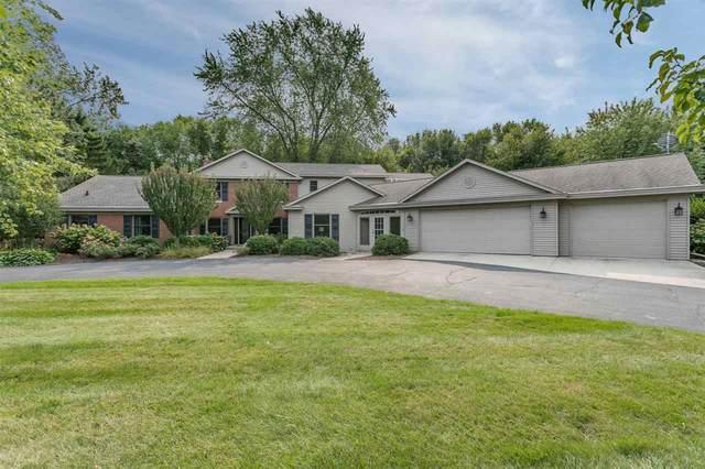 113 Limekiln Drive, Neenah, WI 54956 (#50229483) :: Todd Wiese Homeselling System, Inc.