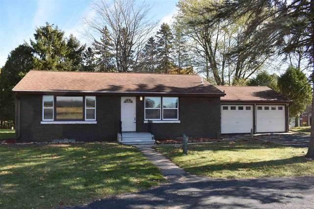 4315 Hwy B, Manitowoc, WI 54220 (#50230063) :: Ben Bartolazzi Real Estate Inc
