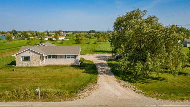 3267 County Line Road, De Pere, WI 54115 (#50230071) :: Todd Wiese Homeselling System, Inc.