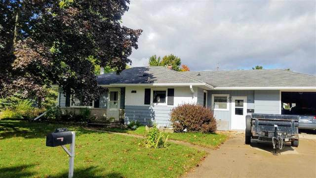 101 E Laura Street, New London, WI 54961 (#50230403) :: Todd Wiese Homeselling System, Inc.