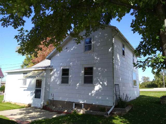 W7879 Mason Street, Hortonville, WI 54944 (#50230860) :: Todd Wiese Homeselling System, Inc.