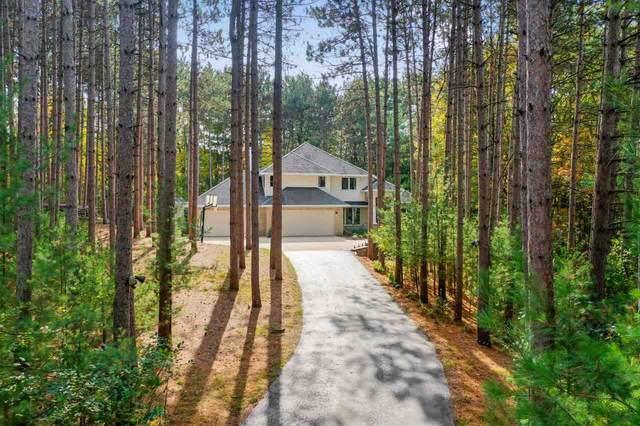 3613 Flintlock Road, Suamico, WI 54173 (#50230872) :: Carolyn Stark Real Estate Team