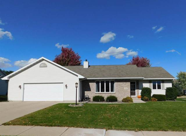 1585 Weatherstone Trail, De Pere, WI 54115 (#50230955) :: Ben Bartolazzi Real Estate Inc