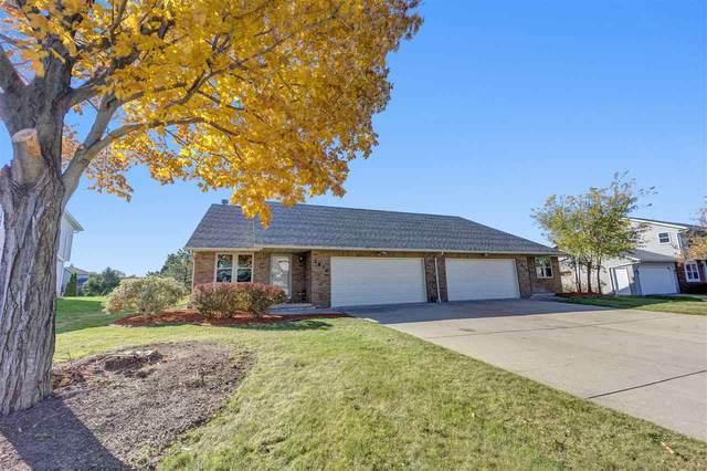 2816 Aquarius Road, Green Bay, WI 54311 (#50231206) :: Ben Bartolazzi Real Estate Inc